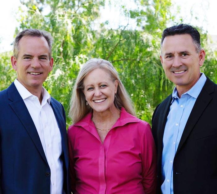 Chiropractor Irvine CA Kevin Kroes and Matt Goda with Team